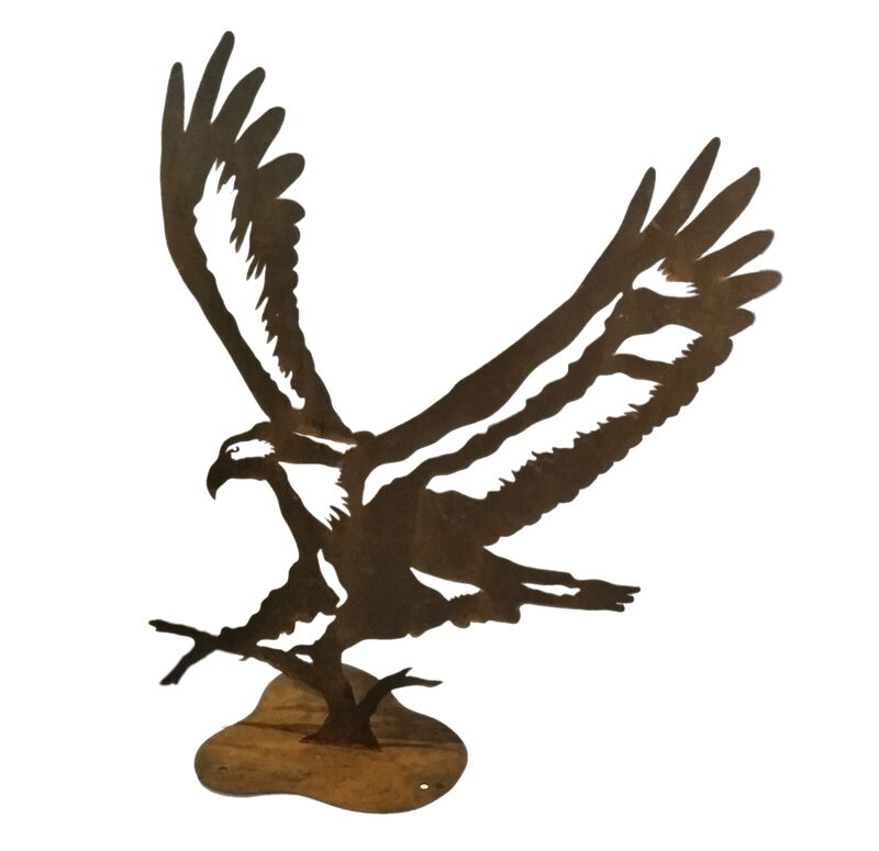 Medium Eagle rusty garden art stand