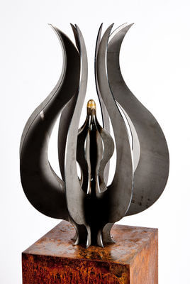 Unique Steel Garden Sculpture by Overwrought -  Tulip Sculpture