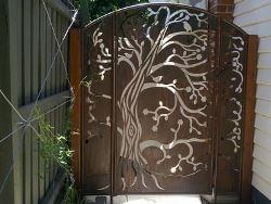 3 Panel Tree Gate